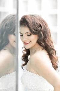 Epic Hotel Wedding Bride Reflection Photo